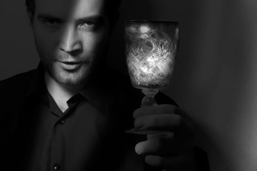 浮気症・浮気を繰り返す男性の特徴と見分け方